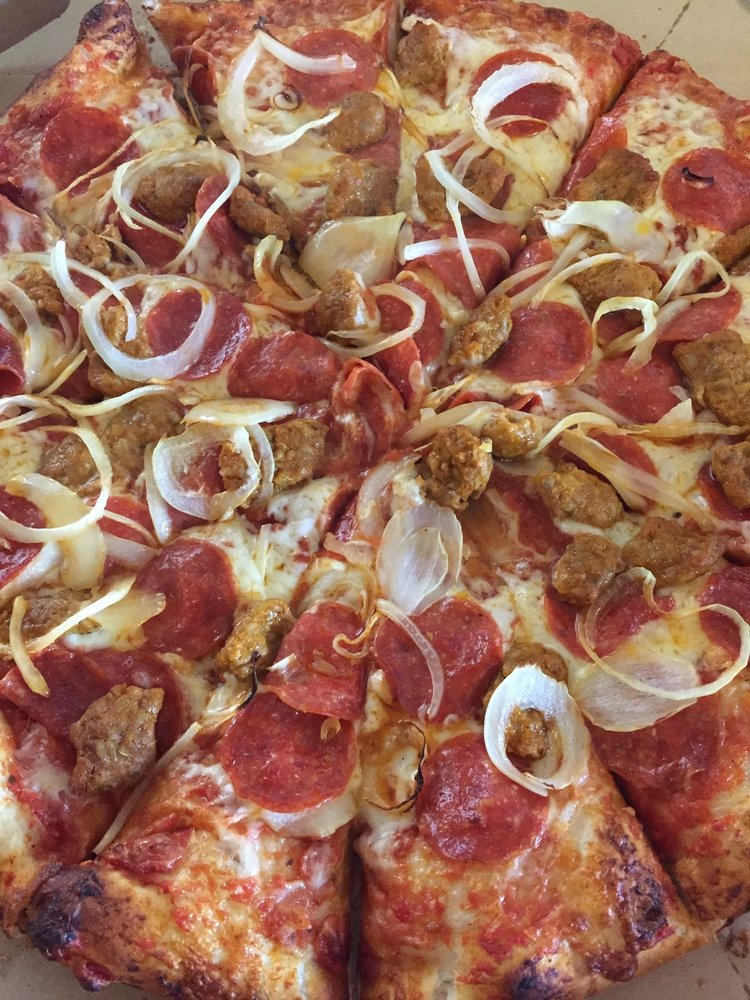 Merlinos Pizza: 994 5th Ave, East McKeesport, PA