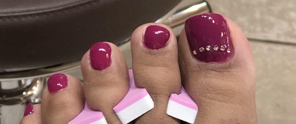 V & V Nail Spa
