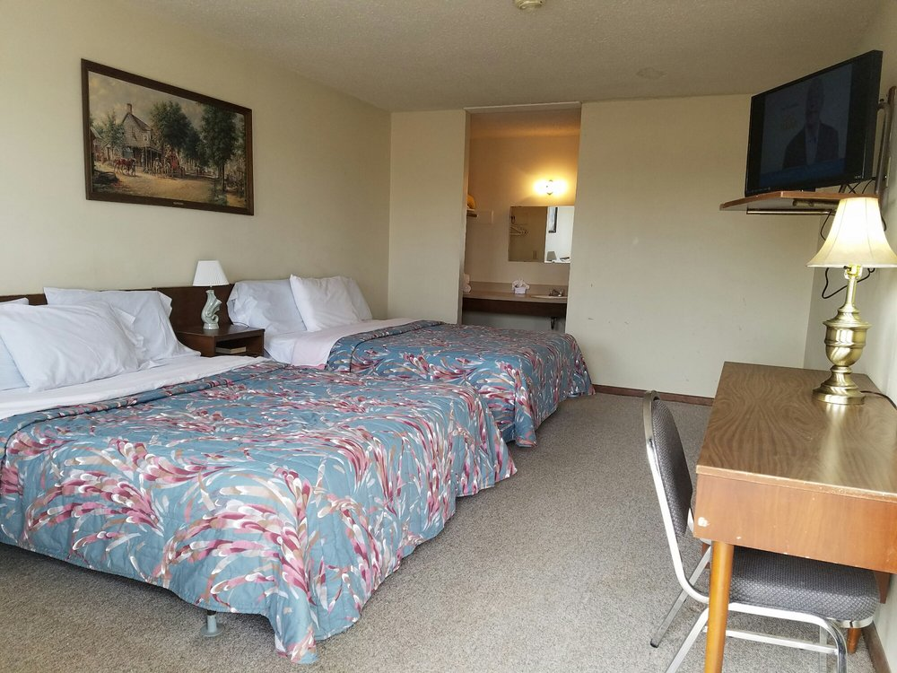 Fabulous 40 Motel: 301 Historic Rt 66 I40B, Adrian, TX