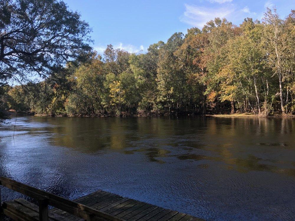 Santa Fe Canoe Outpost: 21410 NW Hwy 441, High Springs, FL