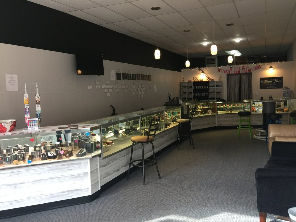 Main Vape: 110 East Main St, Fredericktown, MO