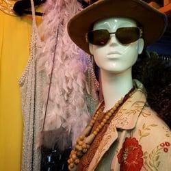 Ropero 10 fotos ropa usada vintage y consignaciones - Ropa vintage sevilla ...