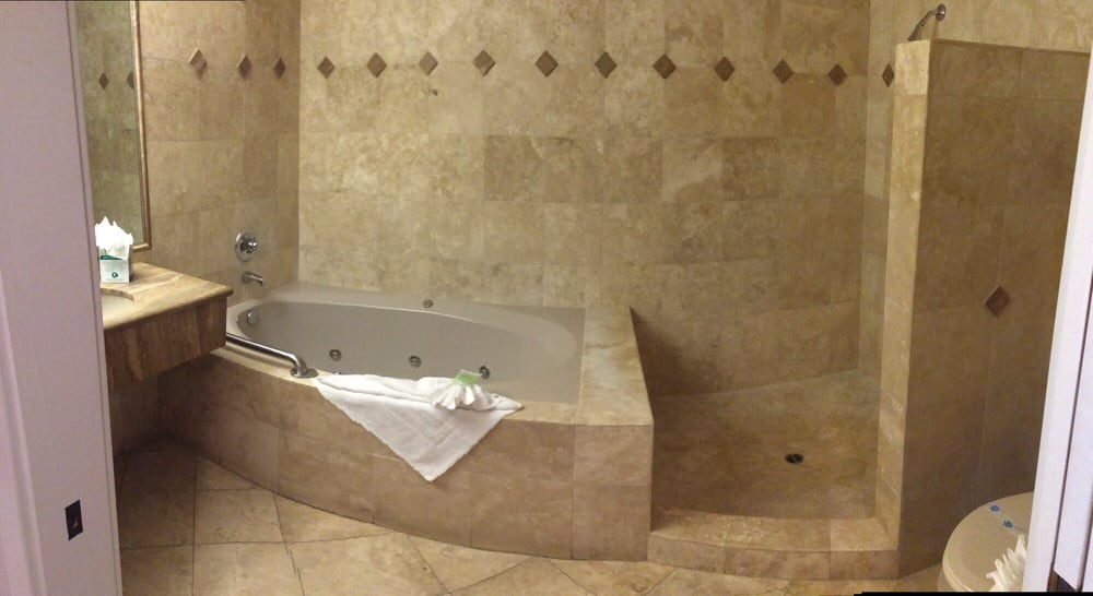 Photo Of Moonstone Landing Cambria Ca United States Jacuzzi Tub Stand