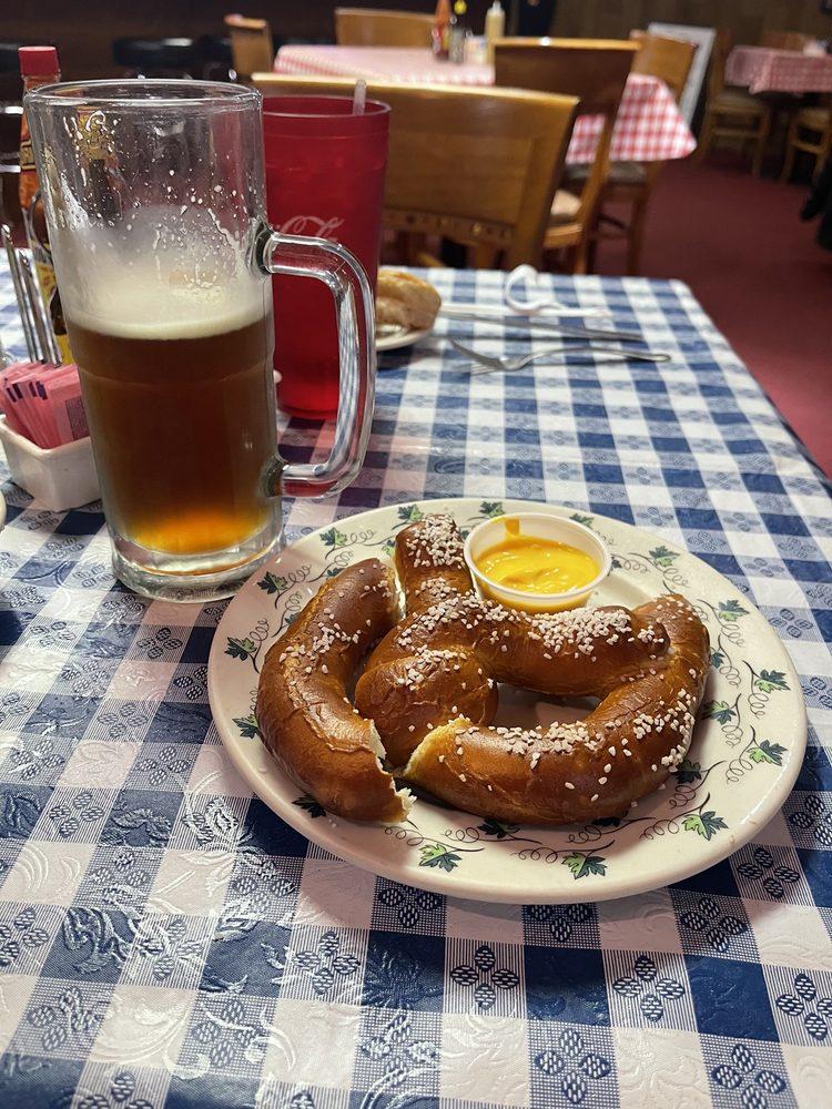 Mutti's German Restaurant & American Food - Lawton