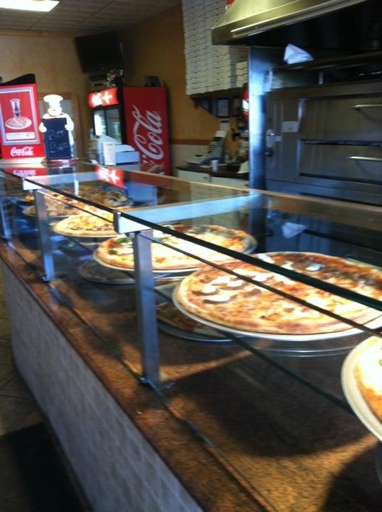 Italian Restaurants Near Commack
