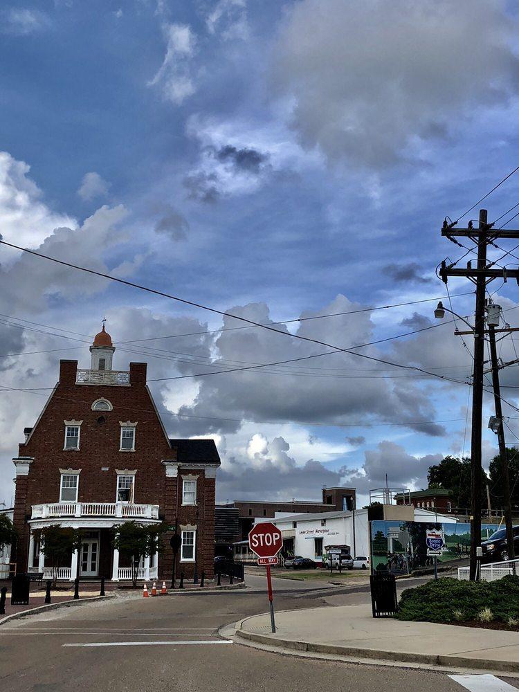 The Old Depot Museum: 1010 Levee St, Vicksburg, MS