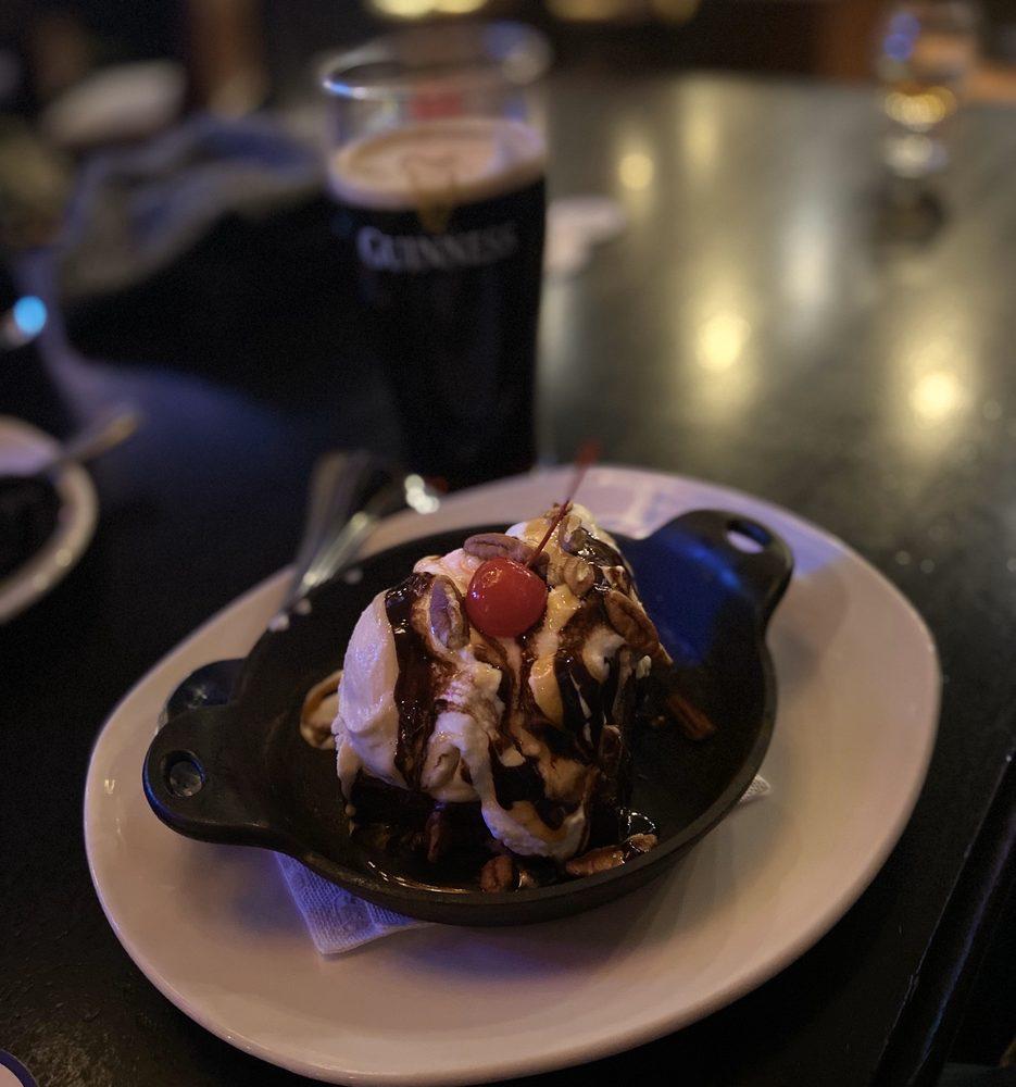 Fado Irish Pub: 933 Peachtree St, NE, Atlanta, GA