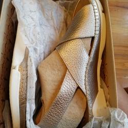 7940b2849b1f Bentley s Shoes - 23 Photos   19 Reviews - Shoe Stores - 144 ...