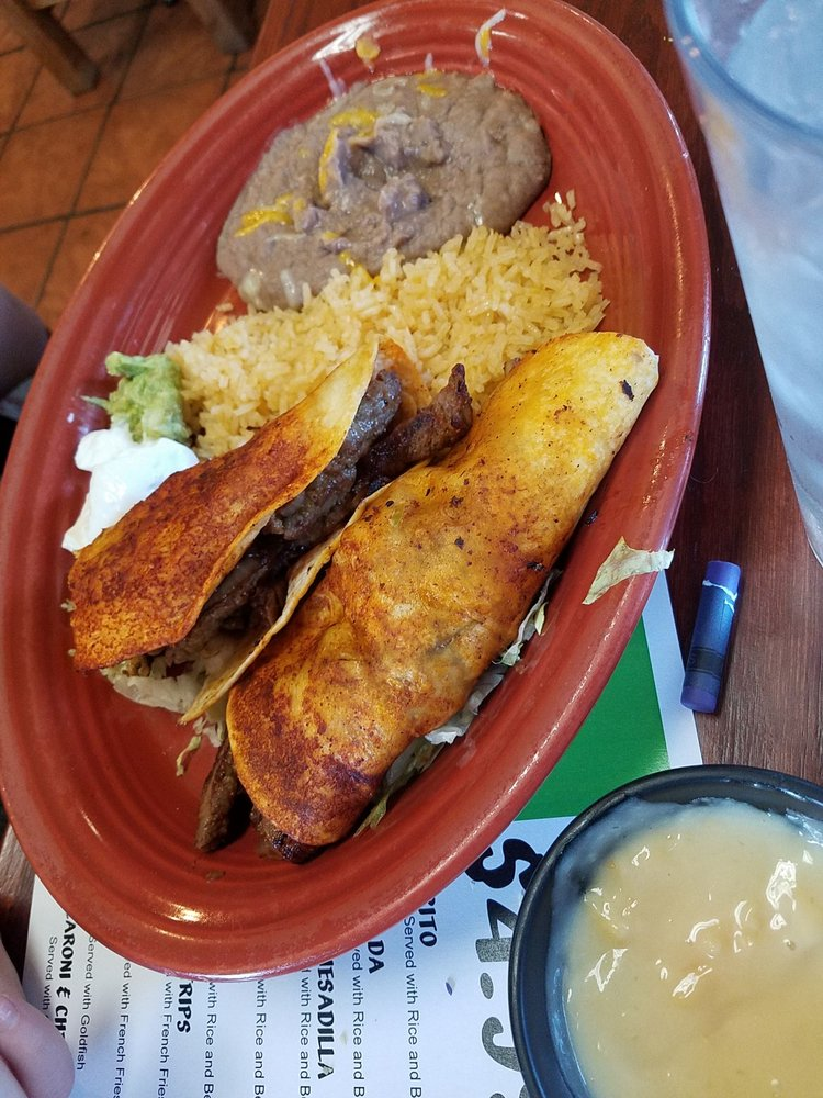 Restaurante Rios: 1108 N Glenn L English St, Cordell, OK