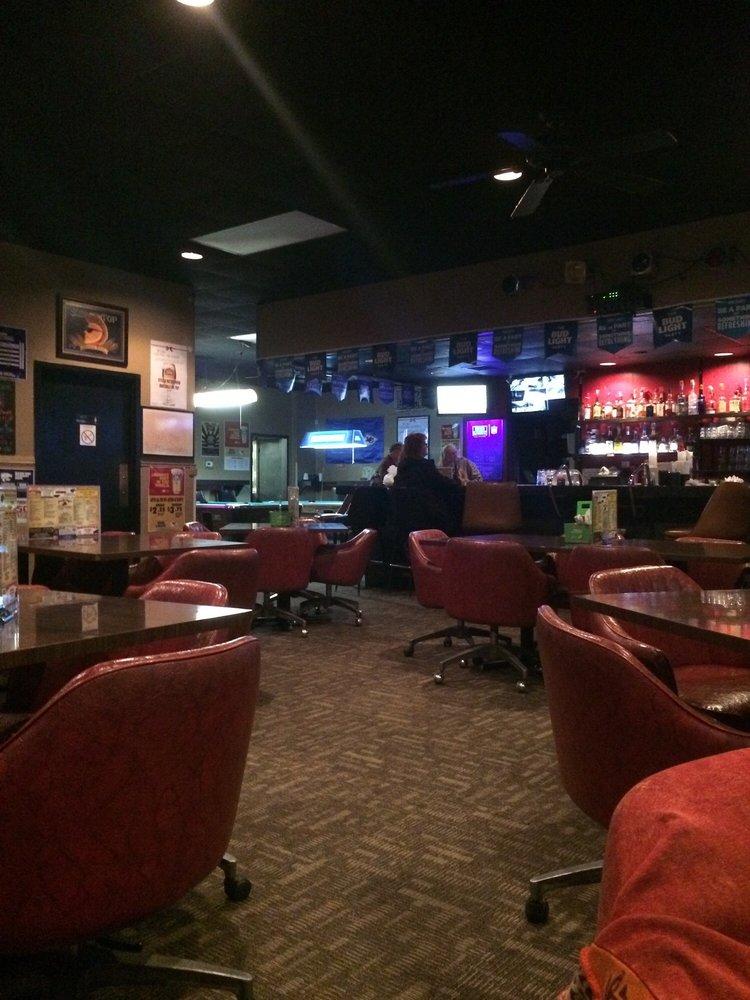 Dusti's Place: 7006 W Macarthur Rd, Wichita, KS