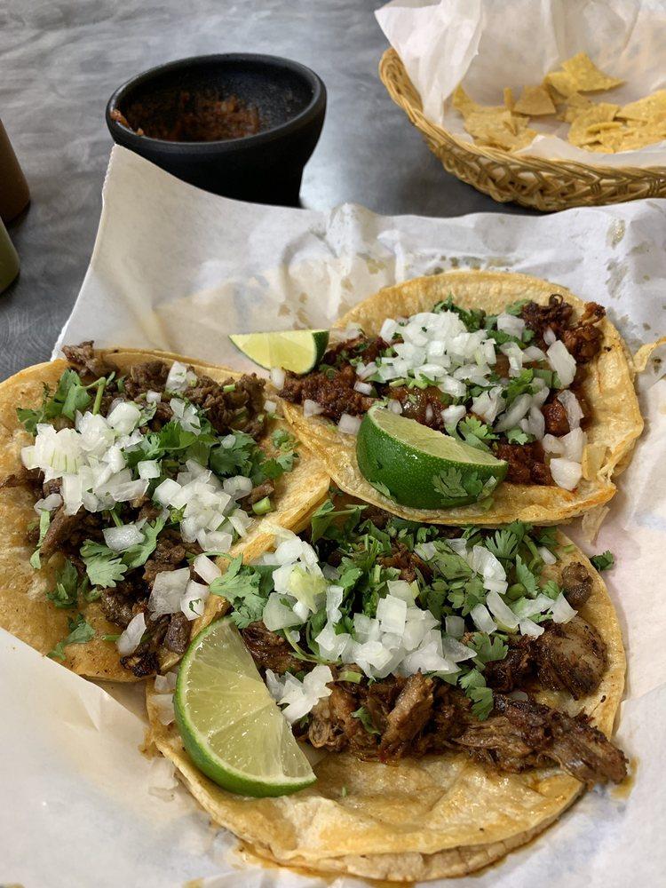 El Mezcal Mexican Restaurant: 2100 W 2nd St, Owensboro, KY