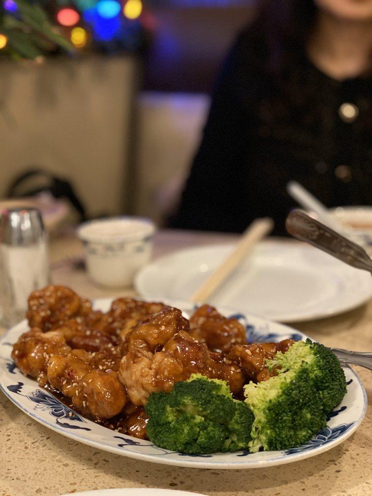 May Wah Restaurant