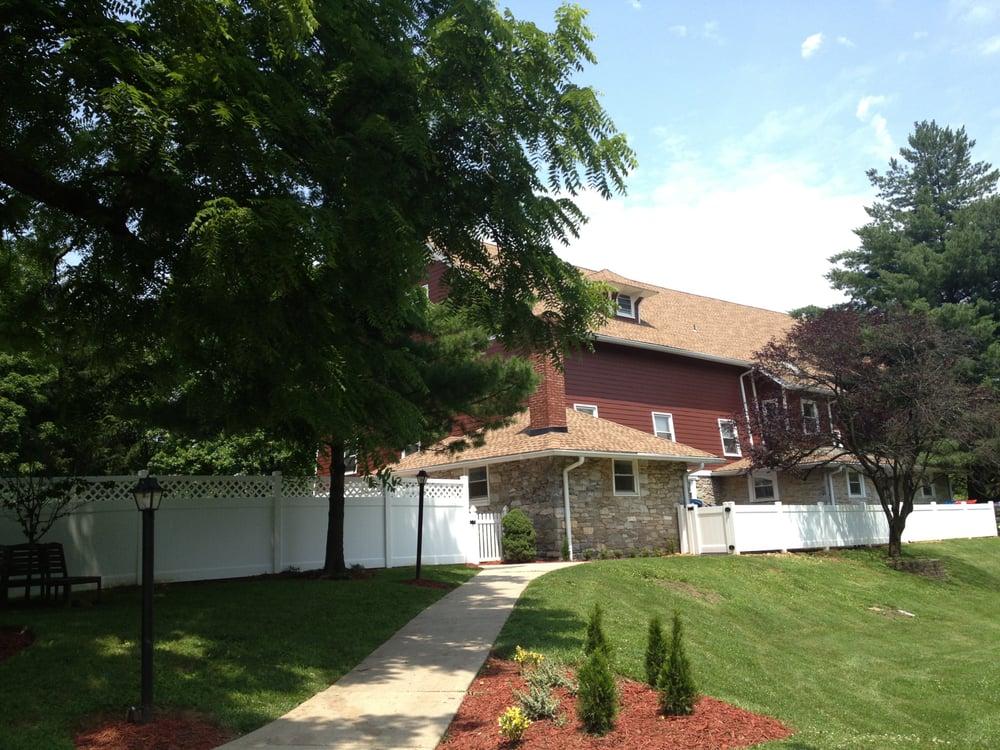 Chesterbrook Academy Preschool: 1560 Bradford Rd, Wayne, PA