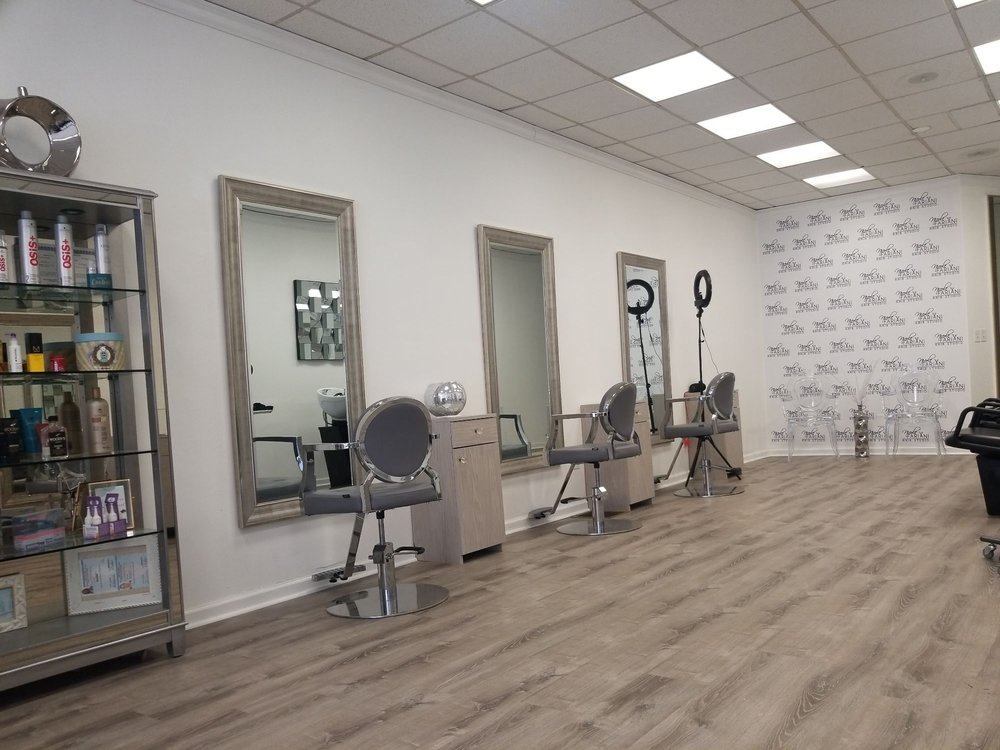 Nicole Fariani Hair Studio: 46 W Main St, Rockaway, NJ
