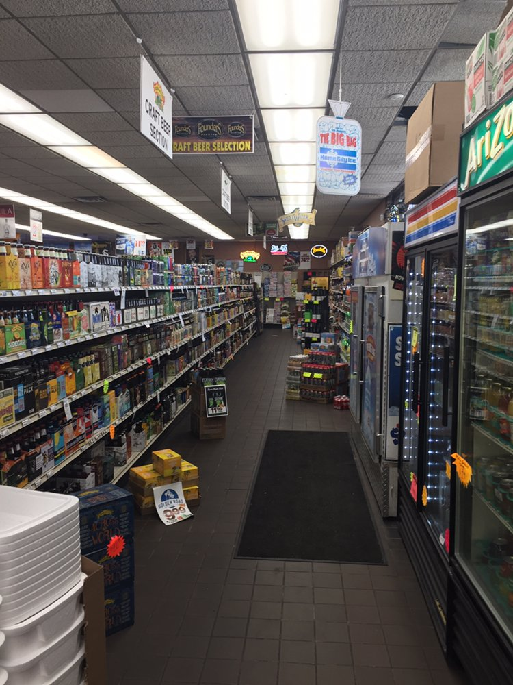 Torrence Liquors: 616 Torrence Ave, Calumet City, IL