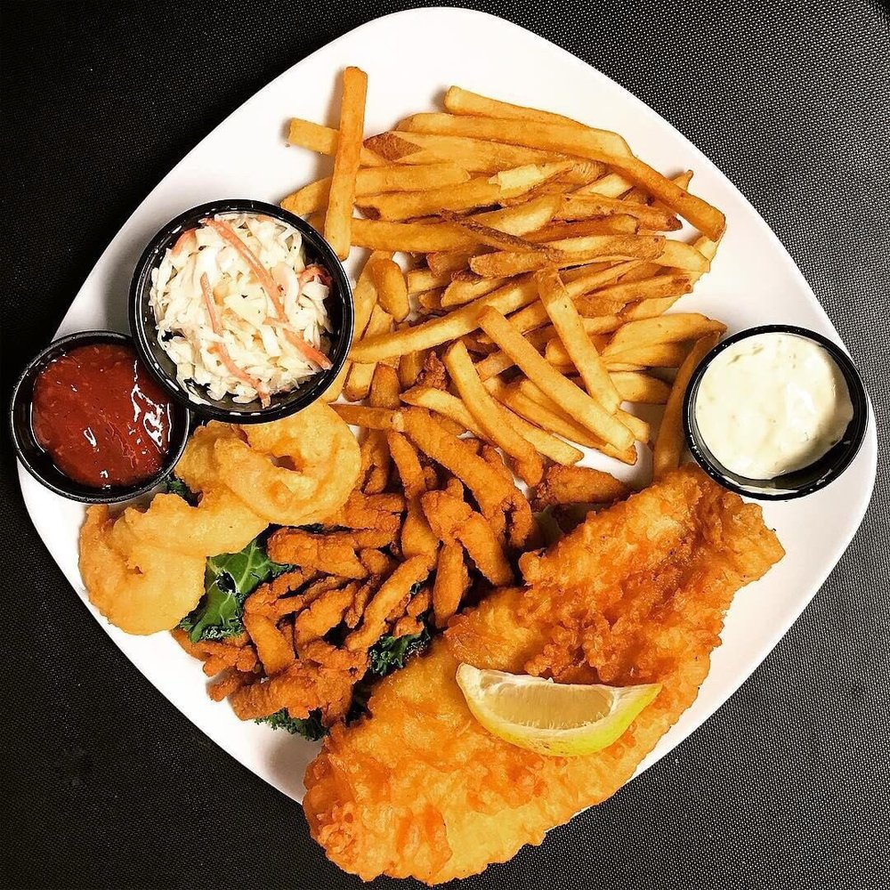 Food from Manatee Island Bar and Grill