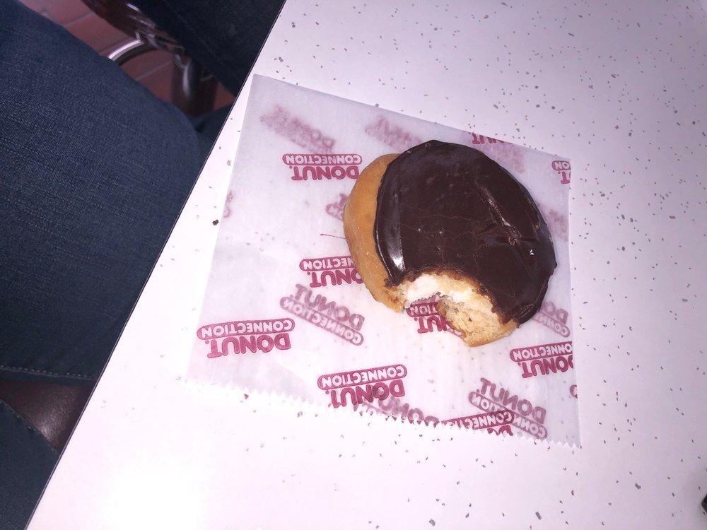 Donut Connection: 3088 Robert C Byrd Dr, Beckley, WV