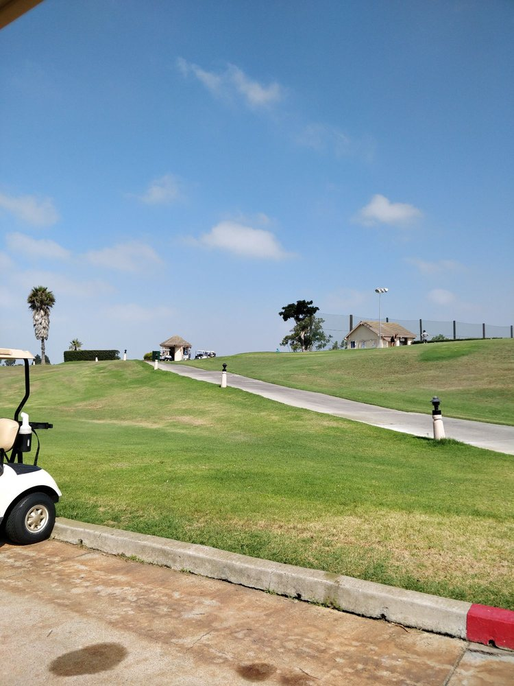 River Ridge Golf Club: 2401 W Vineyard Ave, Oxnard, CA