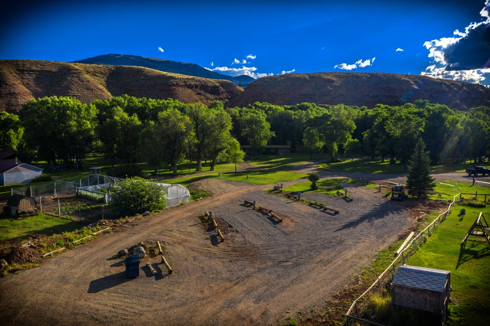 Dubois Campgrounds: 105 Kelsey St Hwy 26-287, Dubois, WY