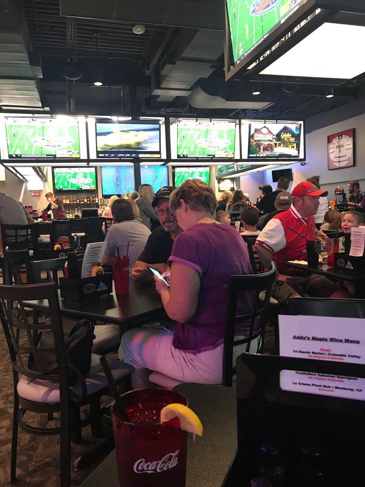 Addy's Sports Bar & Grill: 14615 W Maple Rd, Omaha, NE