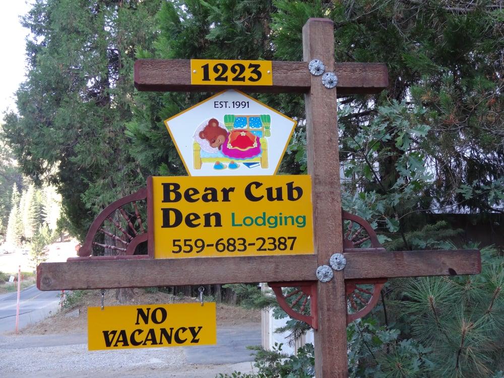 Bear cub den hotels 1223 highway 41 fish camp ca for Fish camp ca hotels