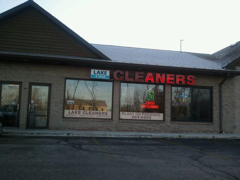 Lake Cleaners: 37023 N Il Route 83, Lake Villa, IL
