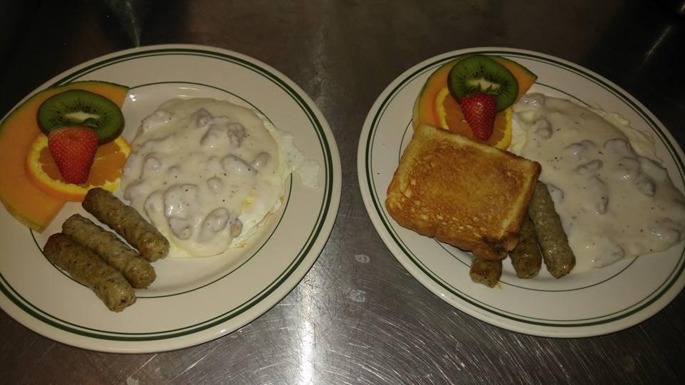 Hometown Breakfast & Lunch: 613 Main St, Tazewell, TN