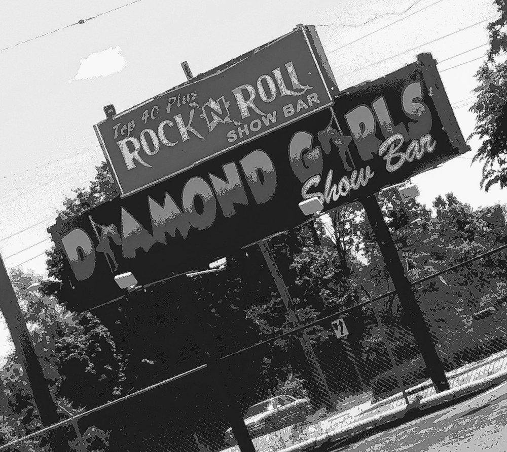Diamond Girls Show Bar: 1714 S Saginaw St, Flint, MI