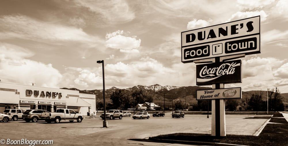 Duane's Food Town: 375 S Main St, Fillmore, UT