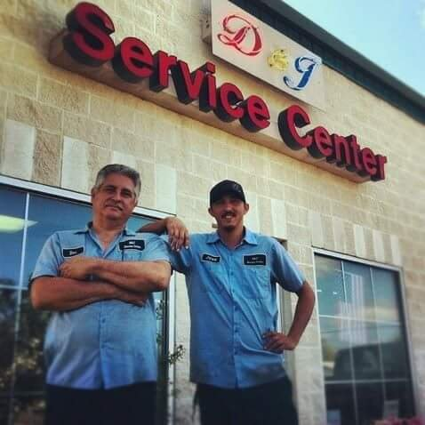 D & J Service Center: 704 E Houston St, Beeville, TX