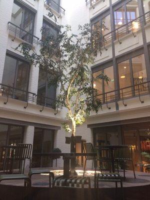 Wework Shared Office Spaces 40 Rue Du Colisee 8eme Paris