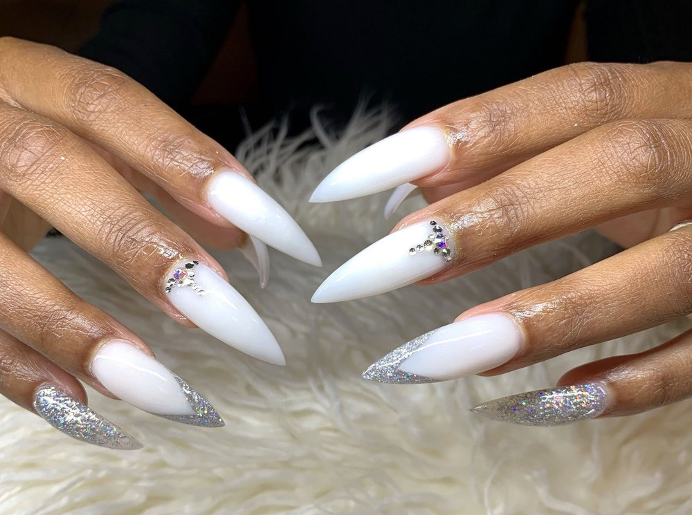Happiest Nails & Spa: 3915 Mission Ave, Oceanside, CA