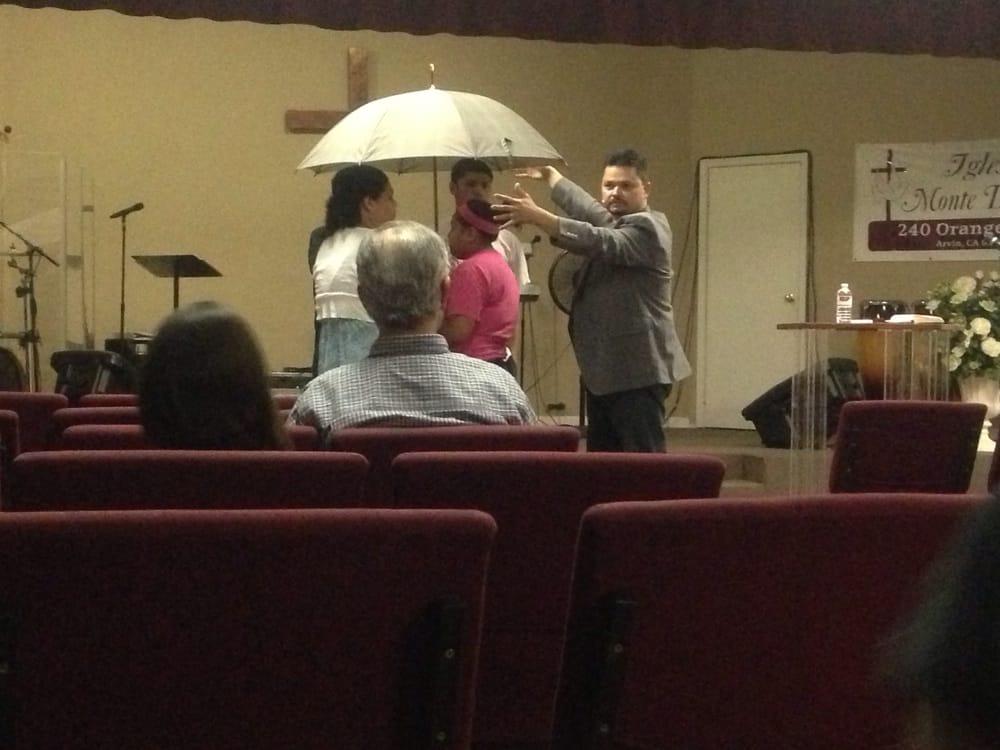 Iglesia Monte De Dios: 240 Orange Ave, Arvin, CA