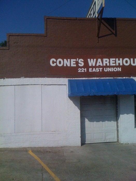 Cone's Farm and Garden Mart: 221 E Union St, Minden, LA