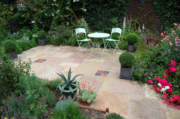 May watts garden design architetti paesaggisti for Garden design east sussex