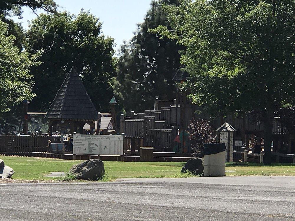 Riverside Park: 3501 N Spruce St, La Grande, OR