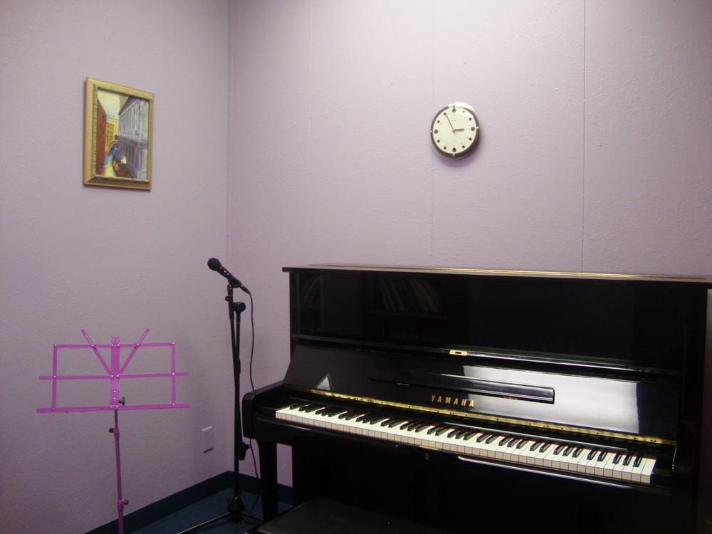 Altadena Academy of Music: 2235 N Lake Ave, Altadena, CA