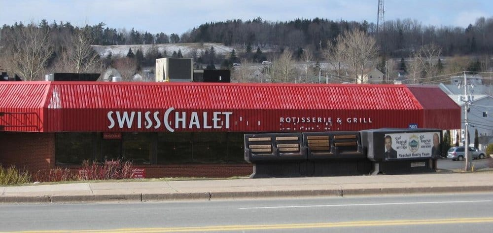 Swiss Chalet Closed American Traditional 560