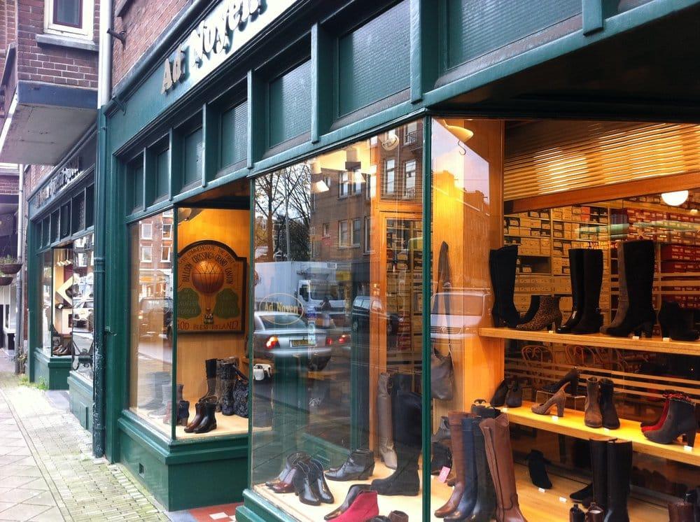 Ad noyen special shoes schoenenwinkels zeilstraat 7 9 for B b ad amsterdam centro