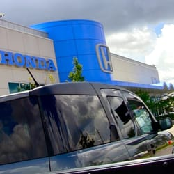 holler honda 22 photos 49 reviews car dealers 2211. Black Bedroom Furniture Sets. Home Design Ideas