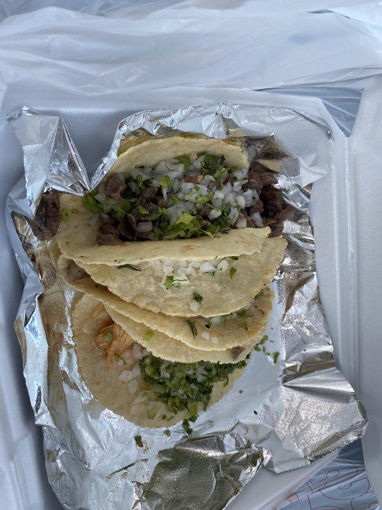 Antojitos Mexicanos Del Sol: 490 McCall Rd, Manhattan, KS