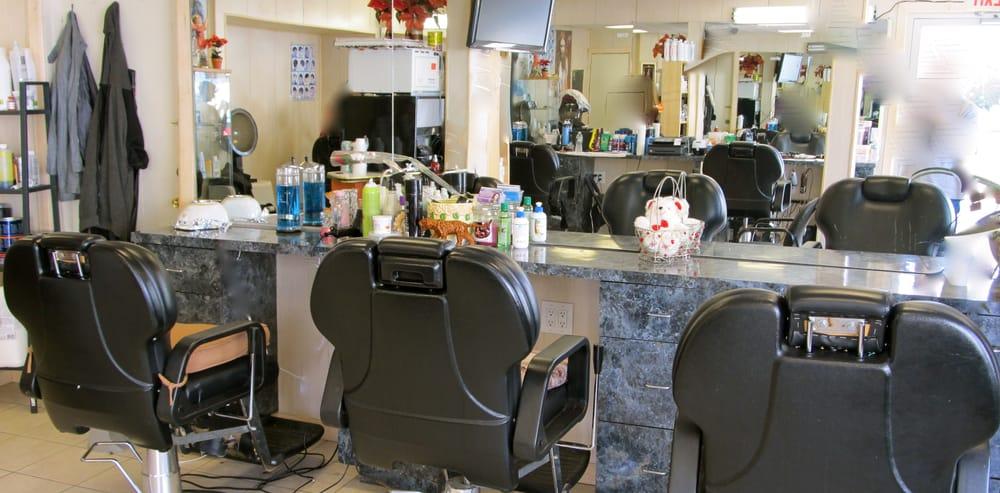 Raul's Barbershop: 492 Merrick Rd, Rockville Centre, NY