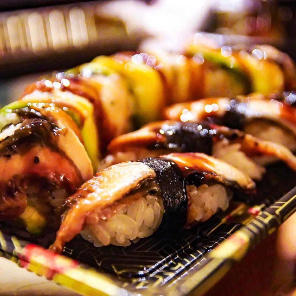 Da On Sushi: 43930 Farmwell Hunt Plz, Ashburn, VA