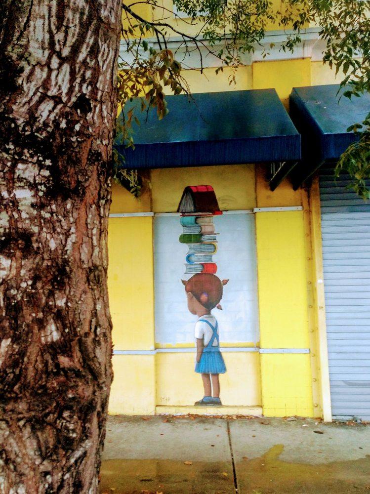 Libreri Mapou Creole & French Bookstore