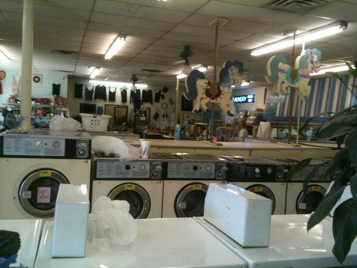 Carousel Laundry Laundromat 9303 New La Grange Rd