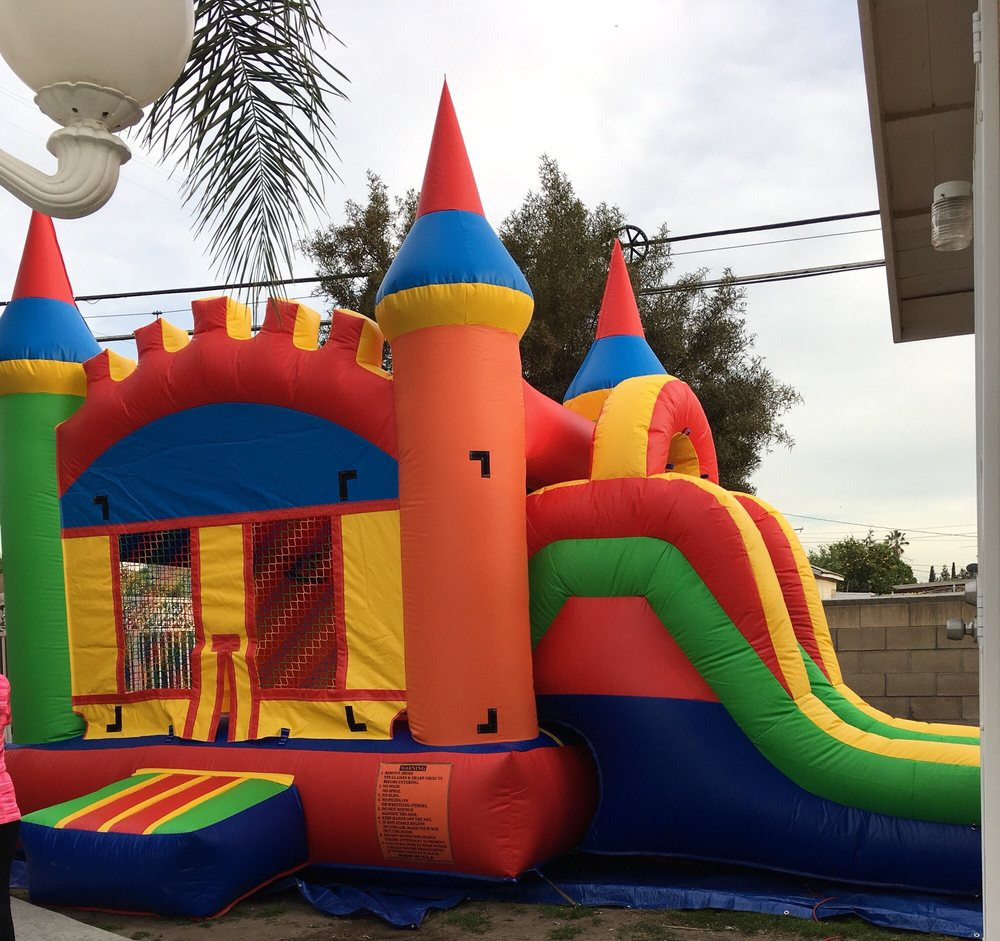Haileys Jumpers and Party Rentals: Azusa, CA