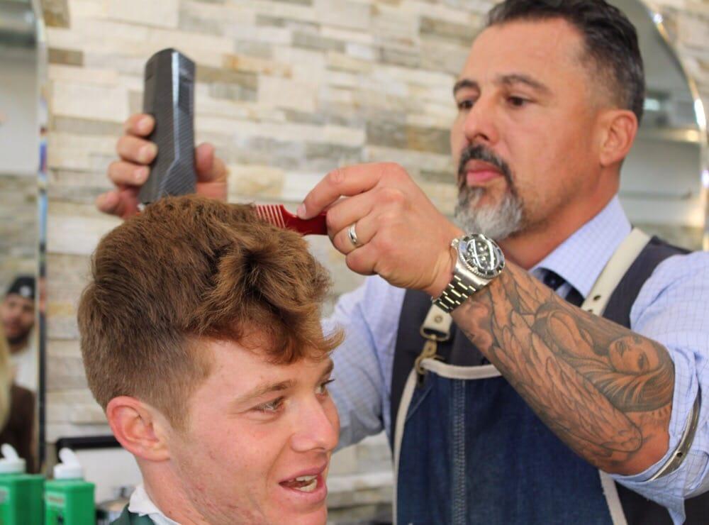 Oeste On Main Barbershop 30 Photos 30 Reviews Barbers 1923