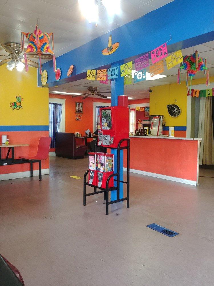Maribel's Kitchen: 713 E 4th St, Russellville, AR