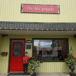 The Blu Poppie Home Decor 10206 100 Avenue Fort