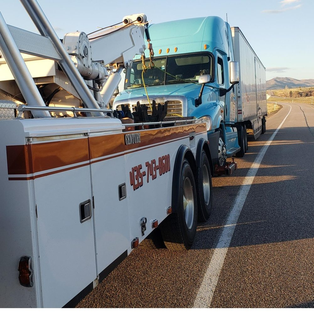24 Hr Auto/Diesel repair Towing: 361 N Main St, Holden, UT